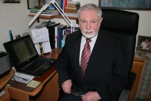 Prof. dr. Vladimiras Gražulis